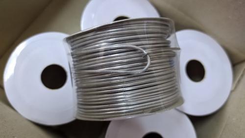 ลวดอลูมิเนียมกลมอบนิ่ม ขนาด 1mm บรรจุในแกนกระดาษ ความยาว 50m สำหรับรัดแท็ก ป้าย สเปคงานติดตั้งไฟเบอร์ออพติค เอไอเอส ทรู
